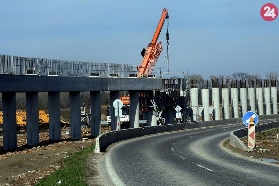 Budovanie obchvatu D4R7 v blízkosti Rusoviec