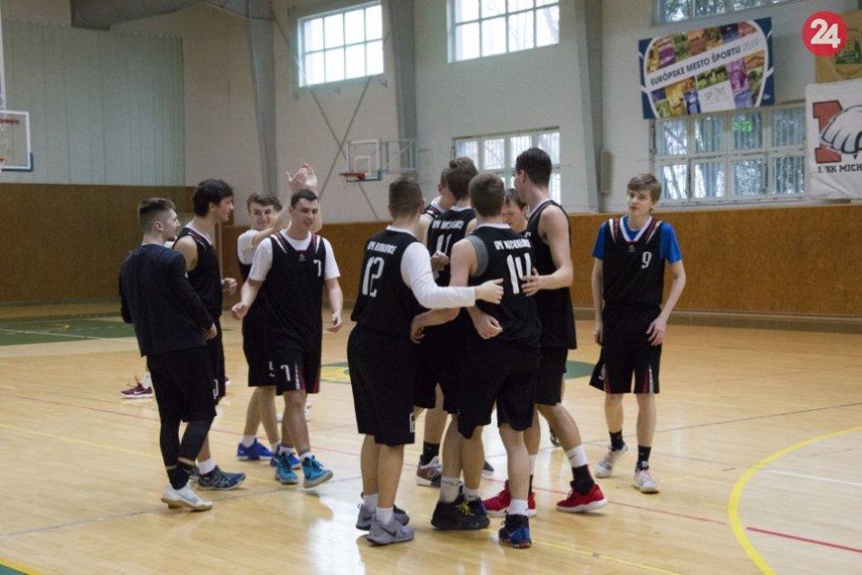 Žiaci GPH Michalovce? Stali sa víťazmi krajskej súťaže v basketbale