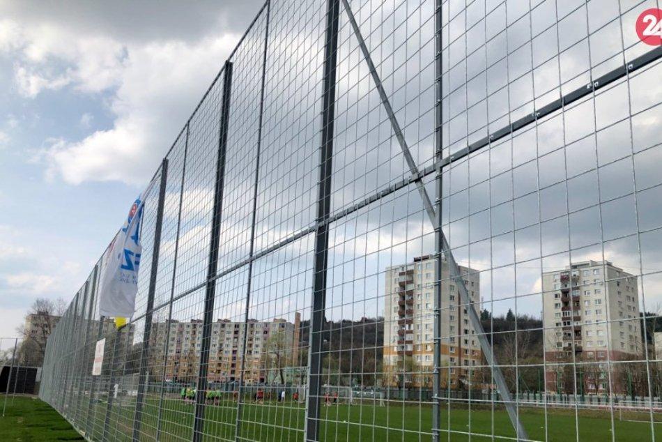 FOTO: Rekonštrukcia futbalového štadióna