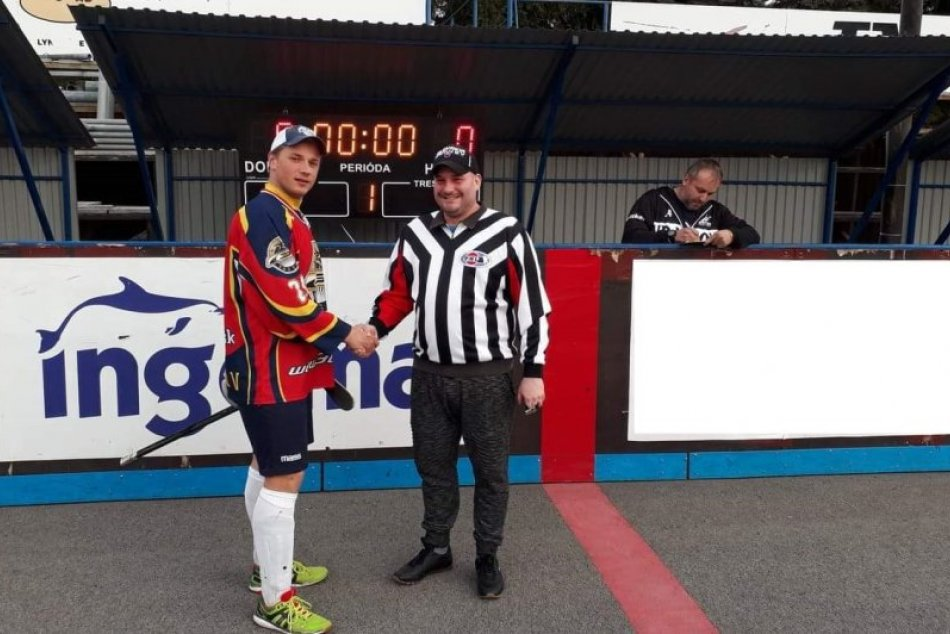 Súboje v play off sú v plnom prúde: Prešovská hokejbalová liga v OBRAZOCH