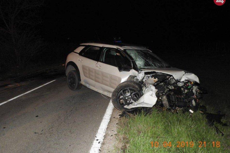 Vodič z Moraviec si zavaril: Podgurážený sadol do auta a spôsobil vážnu nehodu