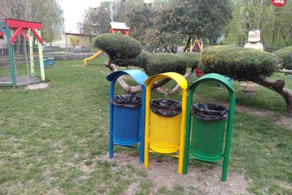 Šalianski škôlkari separujú: Zadovážili si farebné odpadové nádoby, FOTO