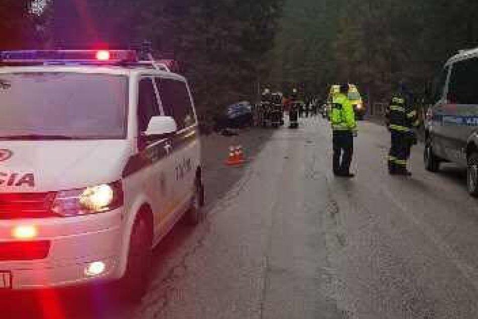 Policajné FOTO: Tragická nehoda na Liptove