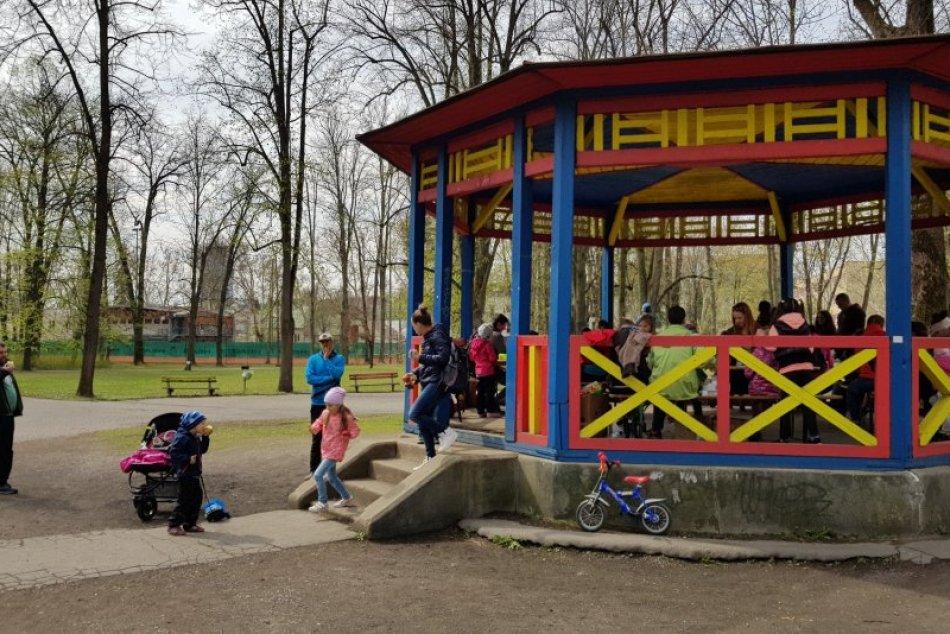 V OBRAZOCH: Dobrodružstvo s rozprávkami v Mestskom parku
