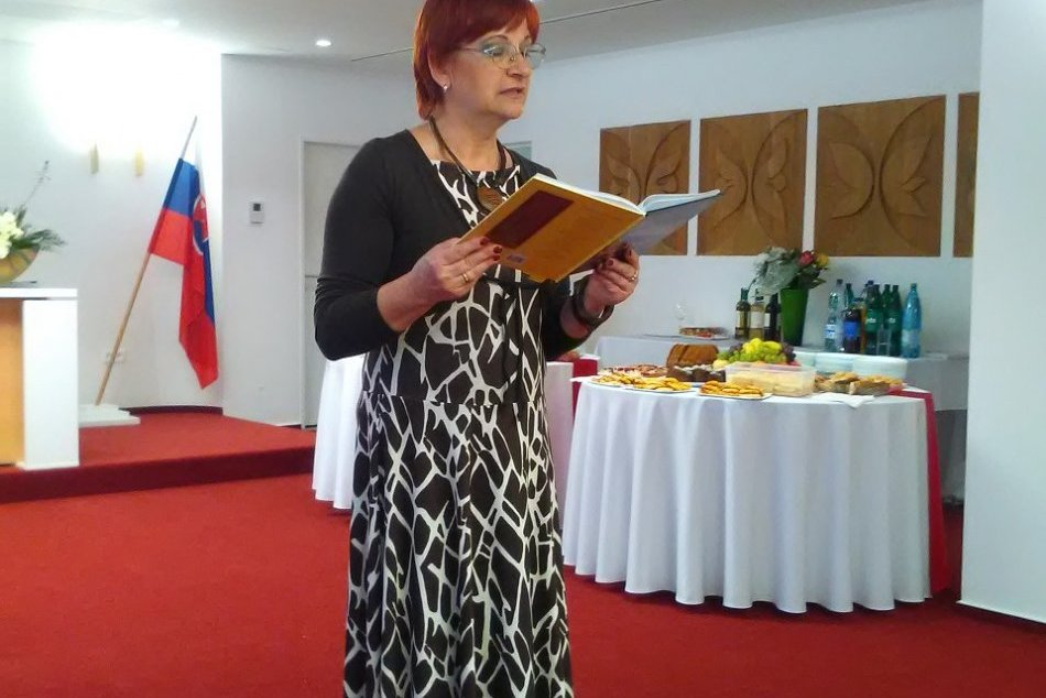 Šalianka Danka Janebová s prírastkom: Pokrstila 6. zbierku básní Fragment