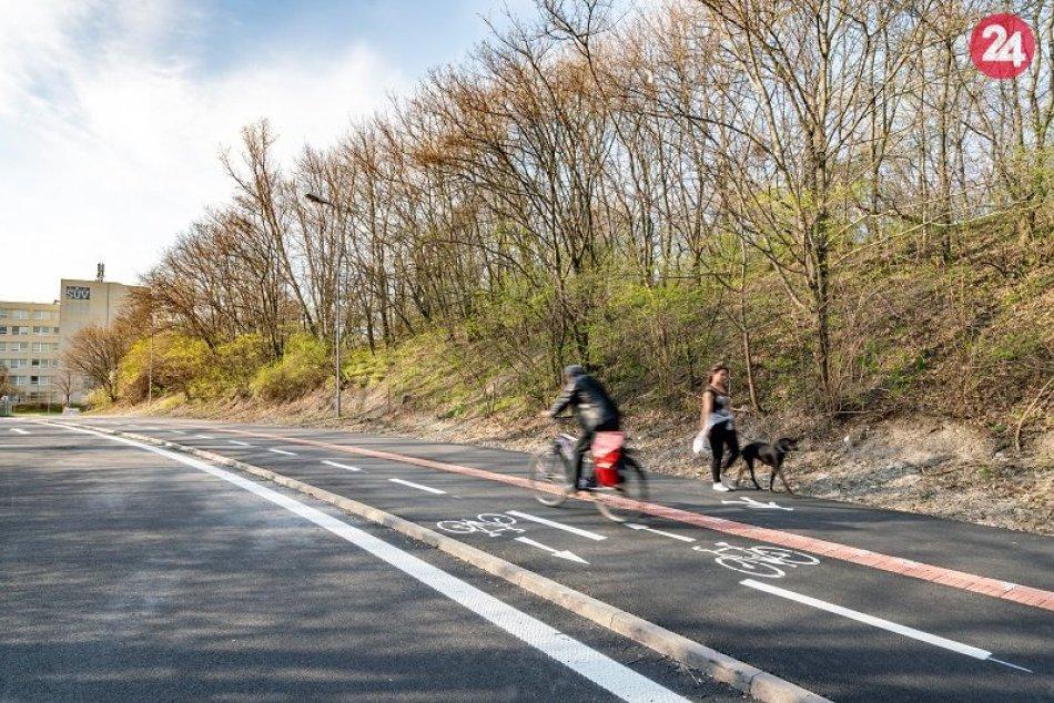 Cyklochodník na Dúbravskej ceste