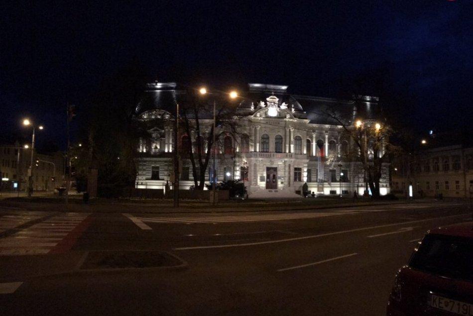 Budovy červené Košice