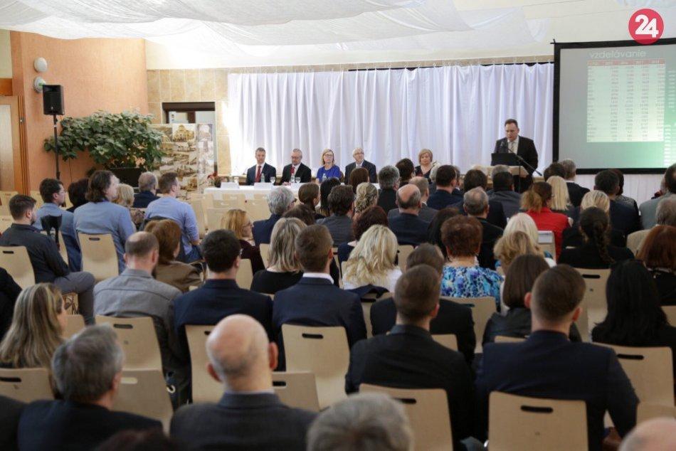 OBRAZOM: Na PU v Prešove sa uskutočnilo slávnostné zasadnutie akademickej obce