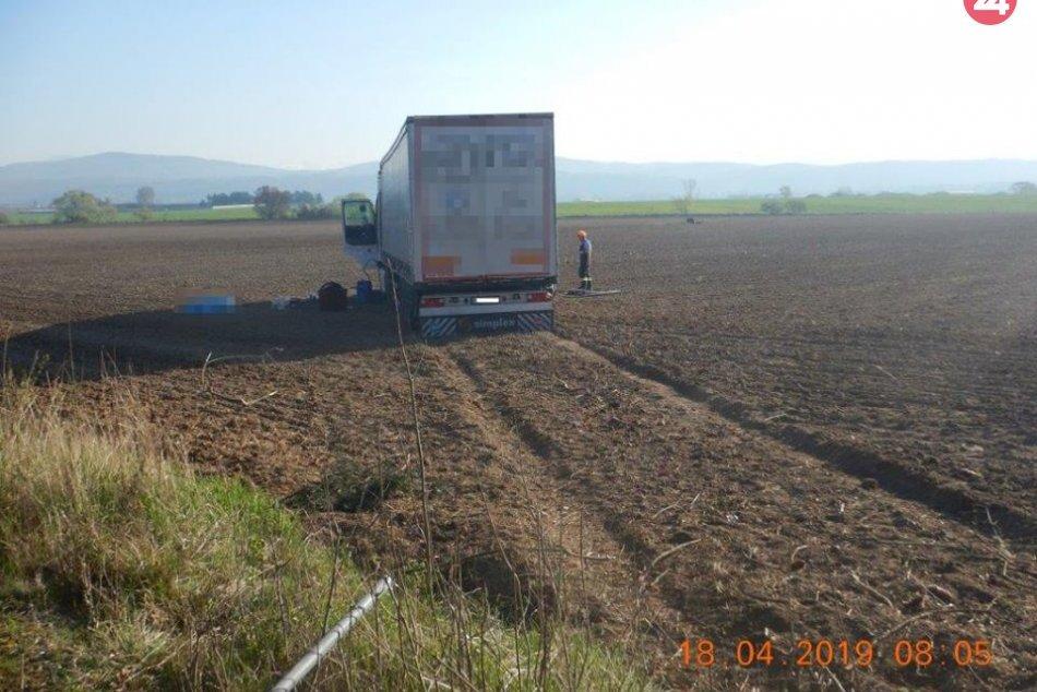 V ORBAZOCH: Tragická nehoda kamióna na R1