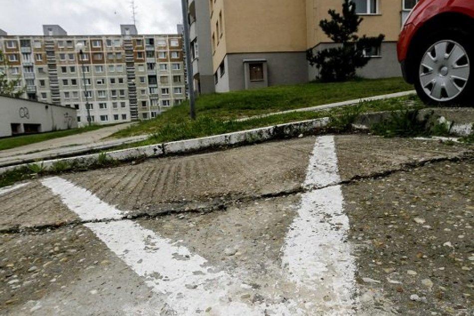 Parkovanie v Karlovej Vsi pre zdravotne postihnutých