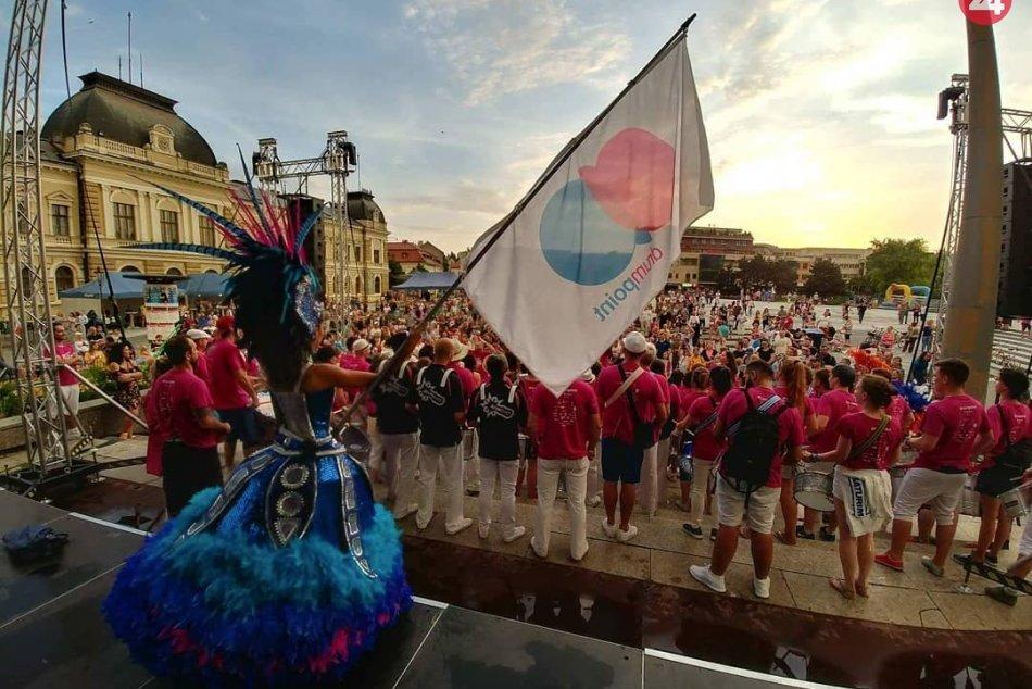 Nitra sa premení na malé Rio: Takto vyzerá atmosféra Drumpoint festivalu