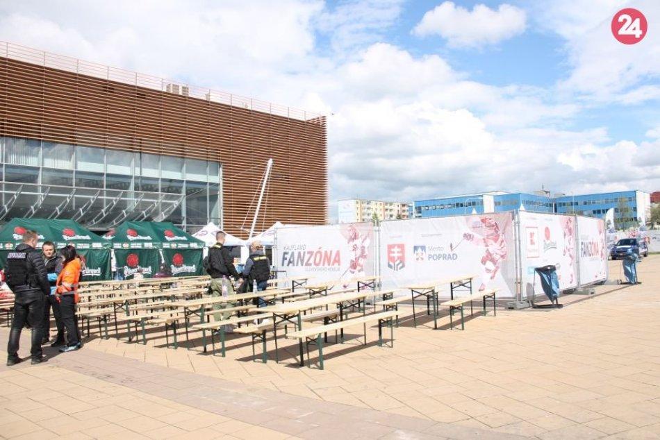 Slávnostné otvorenie hokejovej fanzóny pred popradskou arénou
