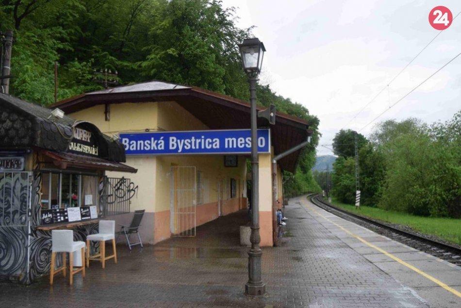 V OBRAZOCH: Ženu v Bystrici zrazil vlak, zraneniam podľahla