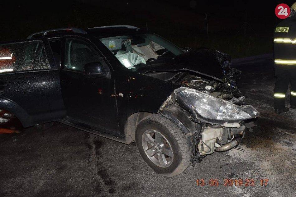 Policajné FOTO z nehody auta a nákladiaku pri Žiari