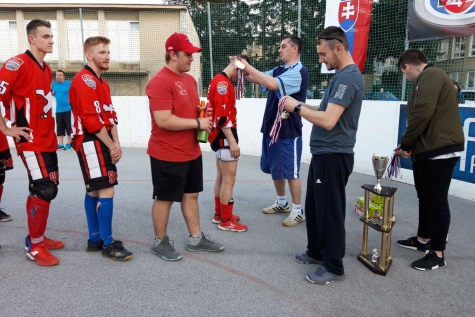 Radujú sa so zlatou medailou na krku: V hokejbale sme spoznali majstra ligy