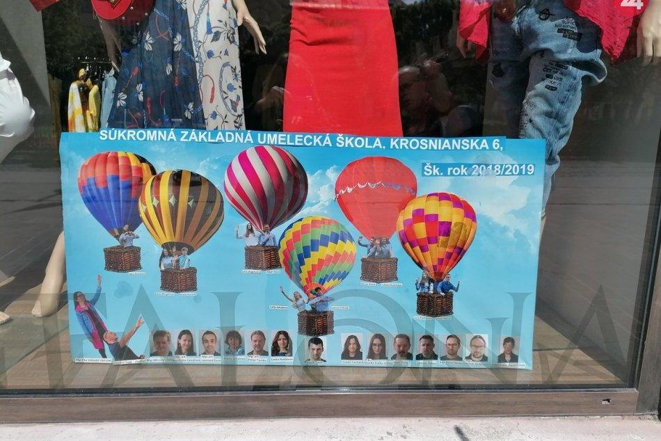 Maturitné tablá zdobia Hlavnú ulicu v Košiciach