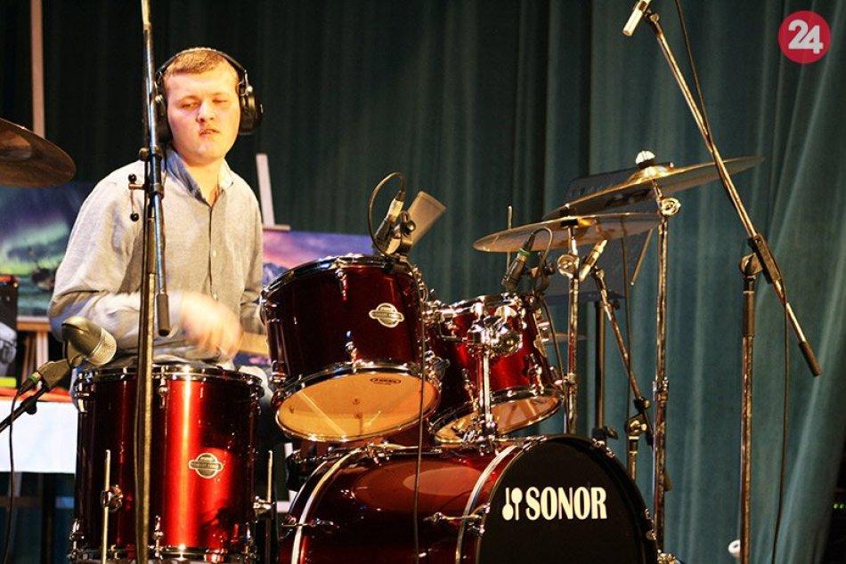 Celoslovenská súťažná prehliadka v hre na bicích nástrojoch v Nových Zámkoch