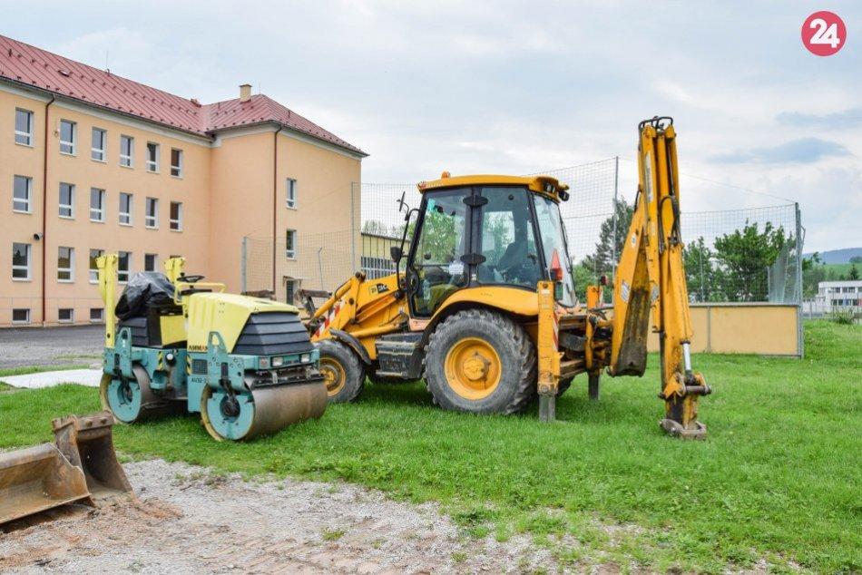 Výstavba multifunkčného areálu v Brezne