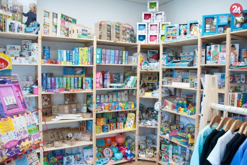 Nový obchodík v Šali: Okrem hračiek aj oblečenie a doplnky