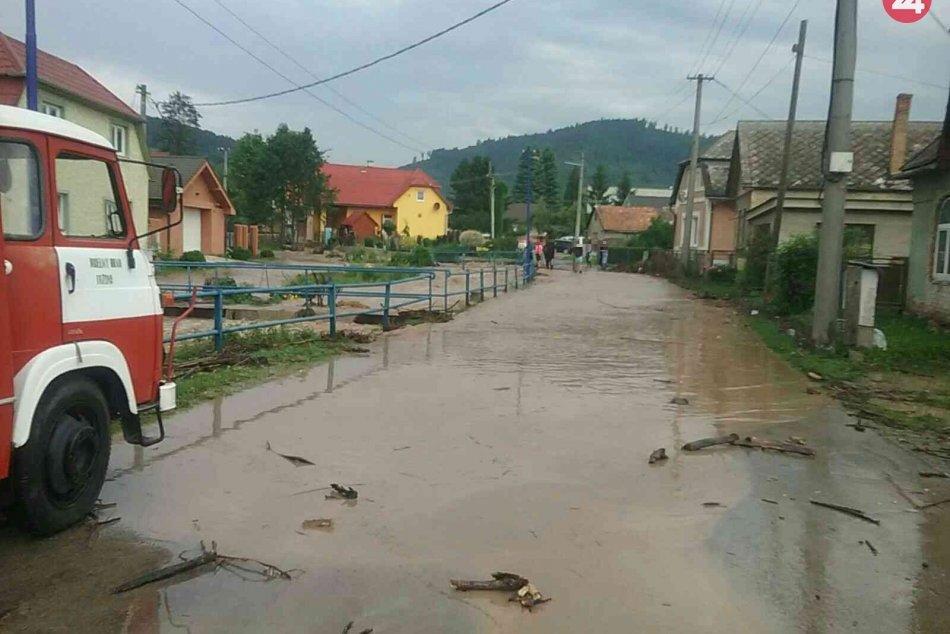 Povodeň v obci Tužina: Zábery priamo z miesta