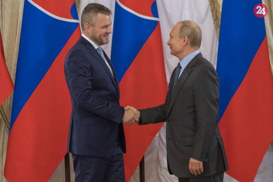 Pellegrini sa stretol s Putinom