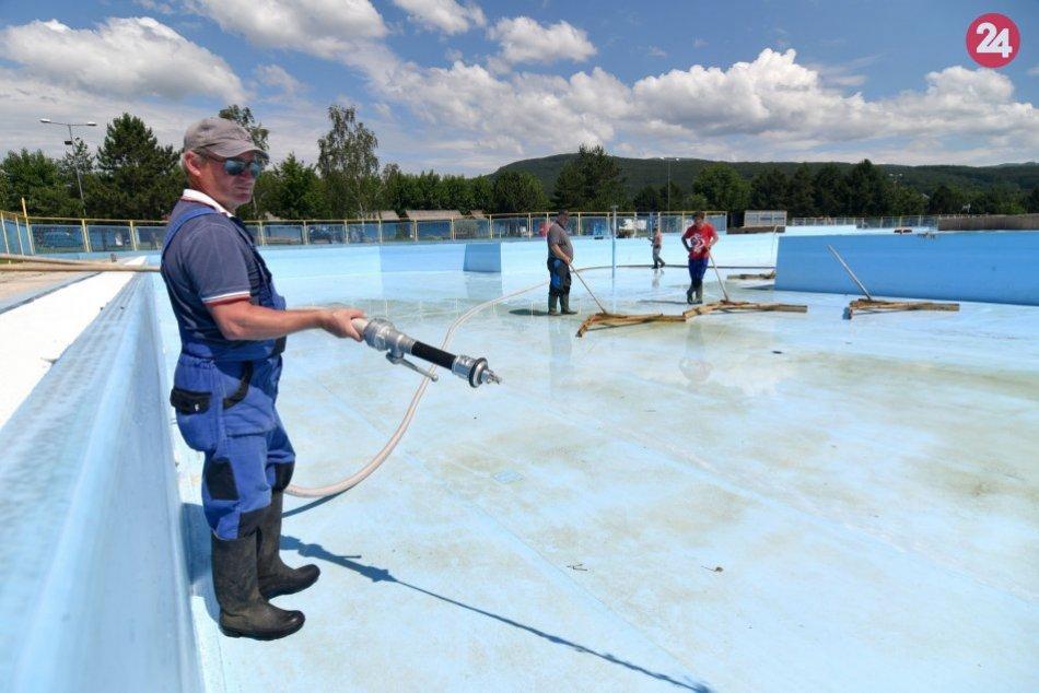 OBRAZOM: Takto prebiehajú prípravy na leto v rekreačnej oblasti Kaluža na Šírave