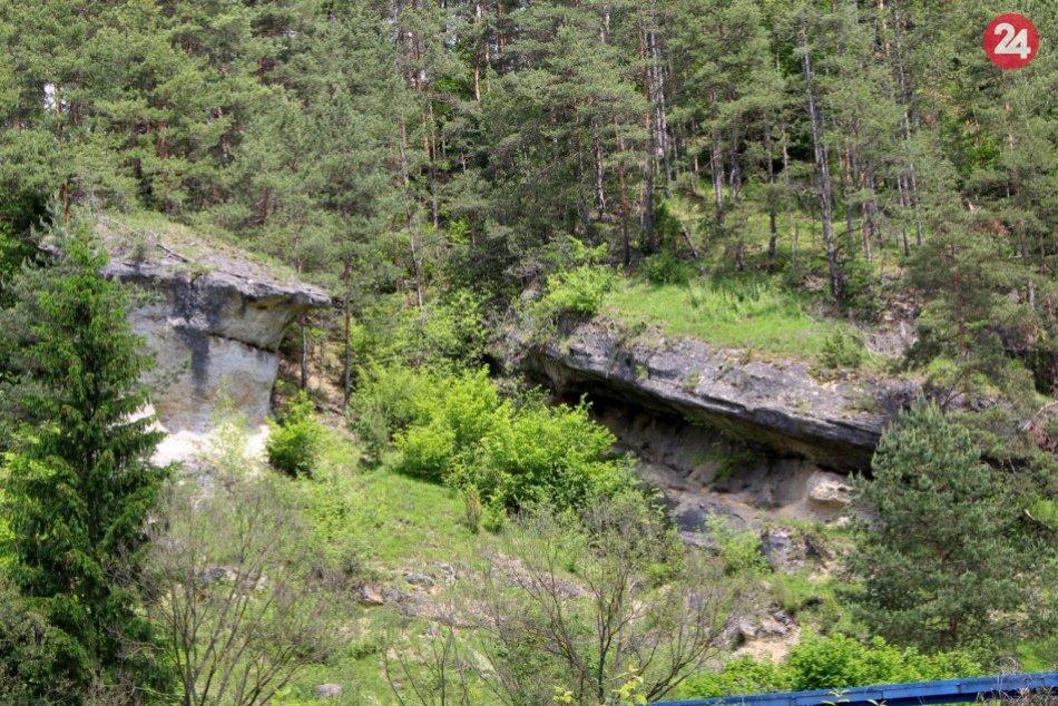 V OBRAZOCH: Ľupčiansky skalný hríb je obdivuhodným dielom prírody