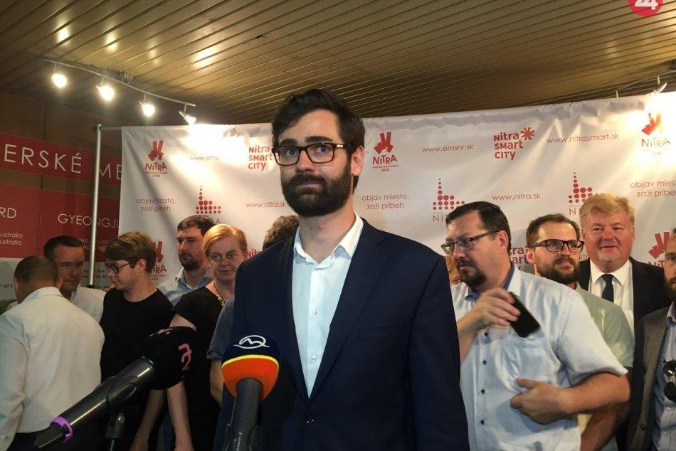 Mimoriadne rokovanie poslancov mestského zastupiteľstva, 14. júna v Nitre