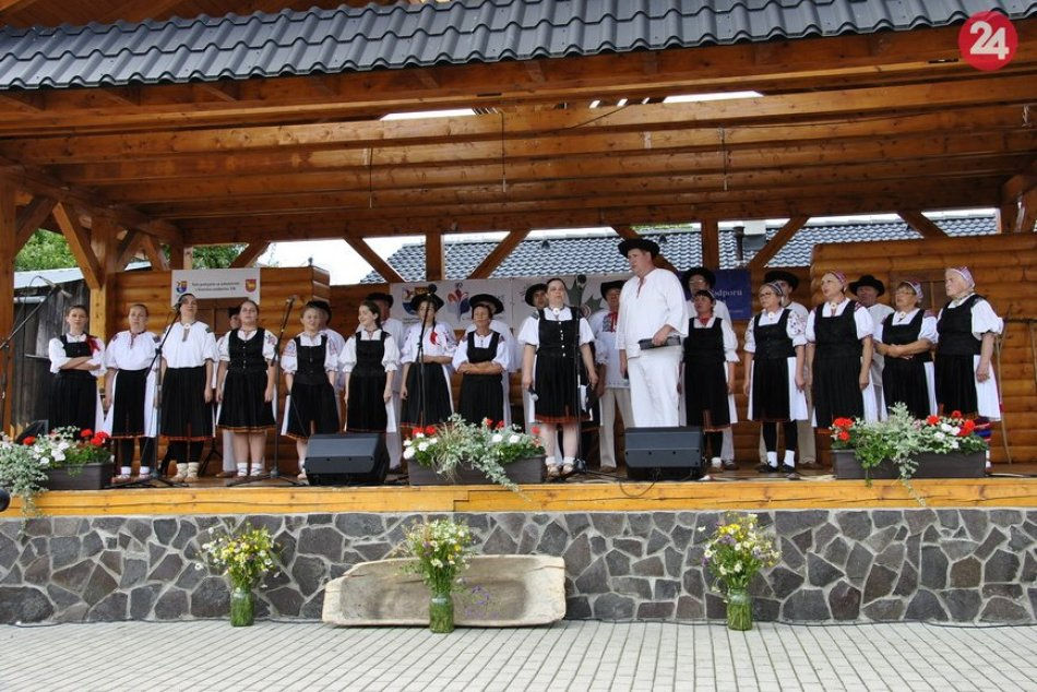 Folklórny festival V srdci Javorníkvo v Papradne: Takto to na ňom vyzerá