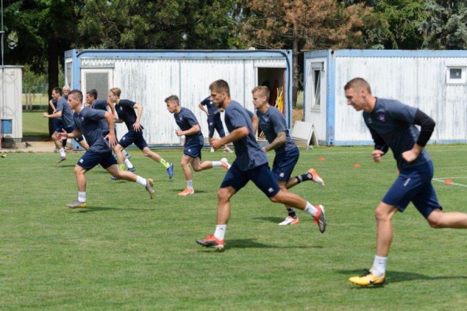 Štart letnej prípravy futbalistov ViOnu Zlaté Moravce