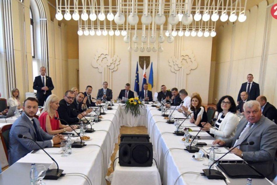 V Michalovciach sa uskutočnilo výjazdové rokovanie vlády: Pozrite si to obrazom