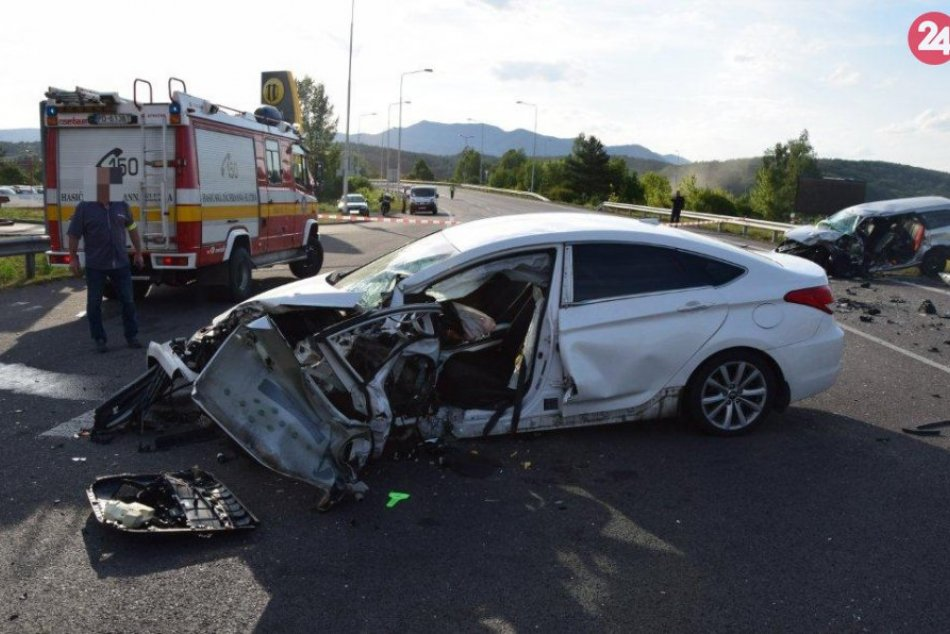 Tragická dopravná nehoda v Novákoch: Zábery priamo z miesta