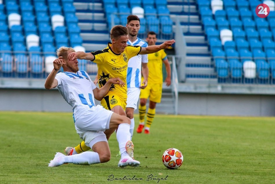 FC Nitra - FC Ruch Lvov  1:0 (1:0)