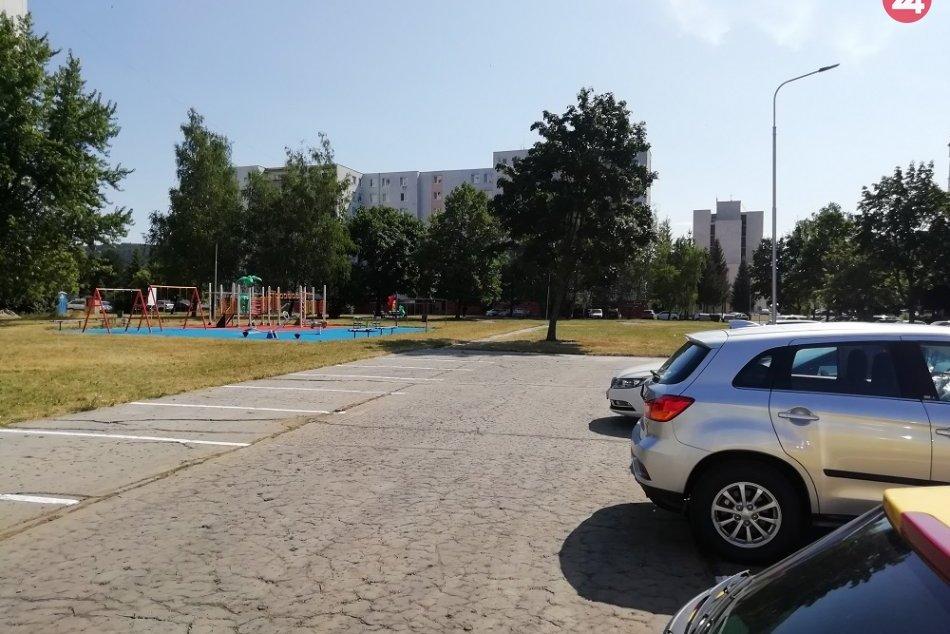 OBRAZOM: Na Sídlisku III v Humennom pribudli nové parkovacie miesta