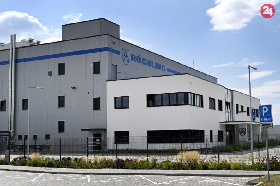Nemecký dodávateľ pre automobilový priemysel otvoril v Kočovciach nový závod