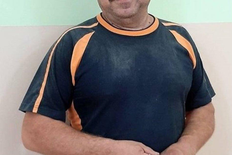 Ľubomír Čief, školník hlohovského gymnázia