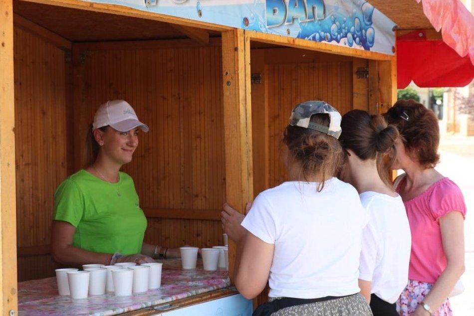 Lákadlo v centre Prešova: Osviežiť sa v horúčavách môžeme vo Vodnom bare