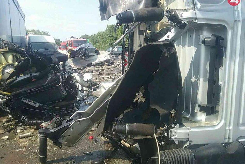 Dopravná nehoda na D1 pri Červeníku