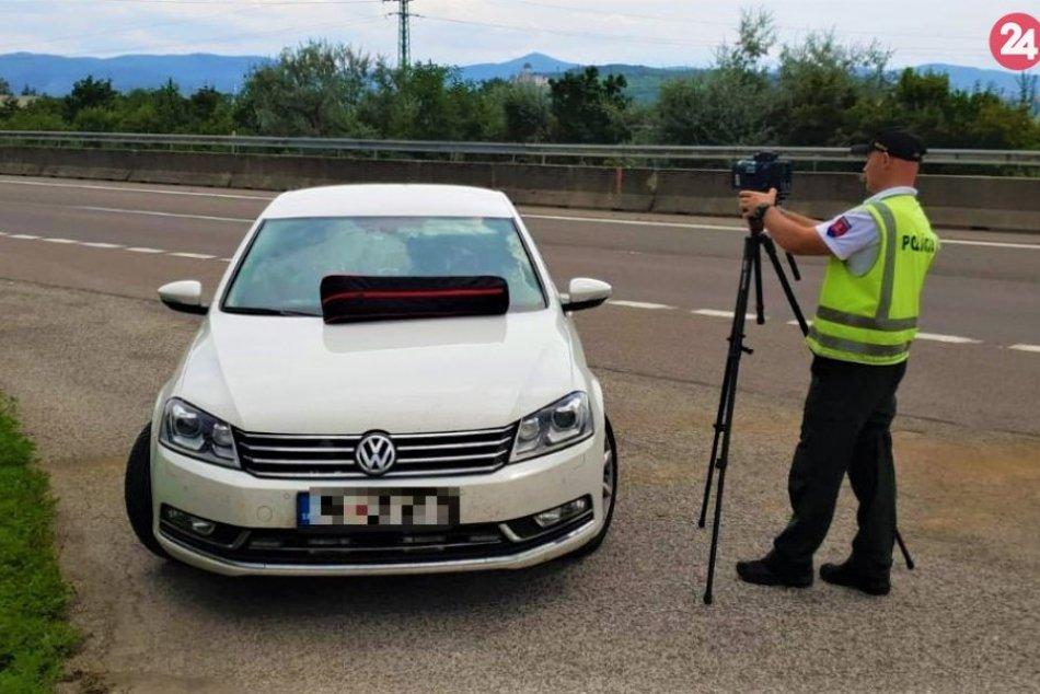 Dopraváci v Trenčianskom kraji budú častejšie posielať pokuty vodičom domov