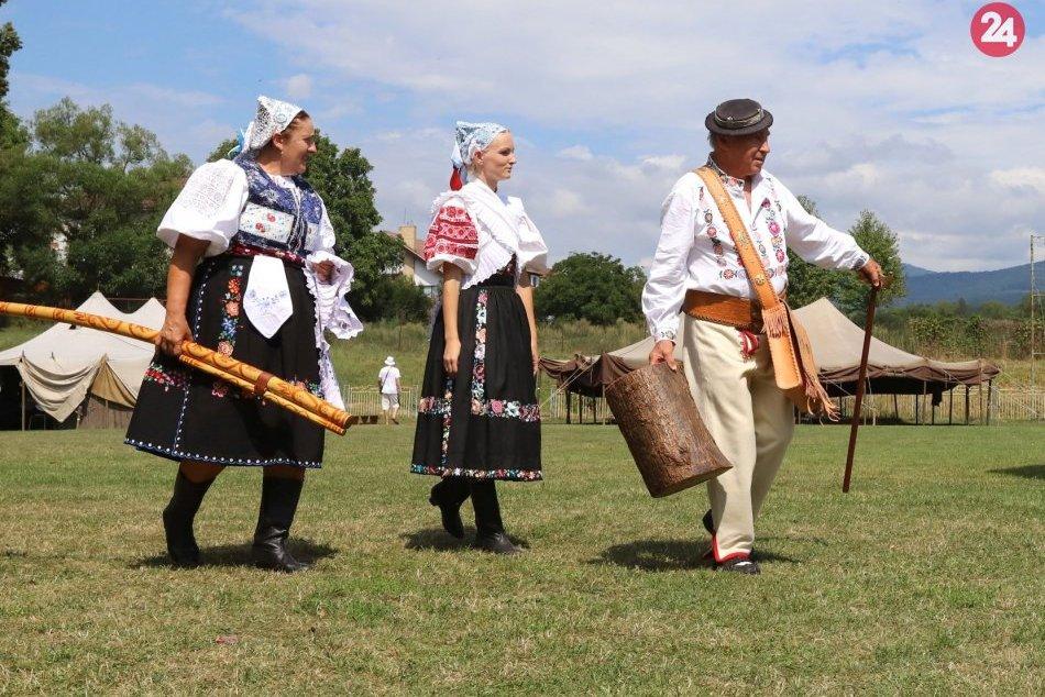 V OBRAZOCH: Očovská folklórna hruda 2019