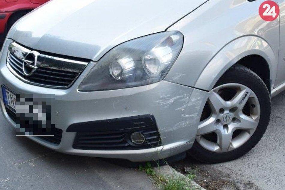 Milan (43) na Hollého ulici narazil do auta, pričom neskôr nafúkal cez 4 promile