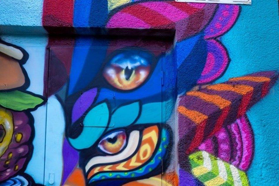 Street art - rozvodné skrine