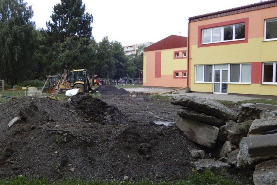 OBRAZOM: Pozrite si priebeh realizácie prístavby v MŠ na Podtatranskej ulici