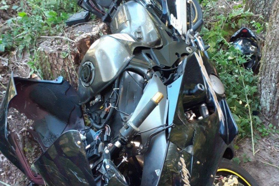 Tragédia na cestách: O život prišiel motorkár z okresu Zlaté Moravce