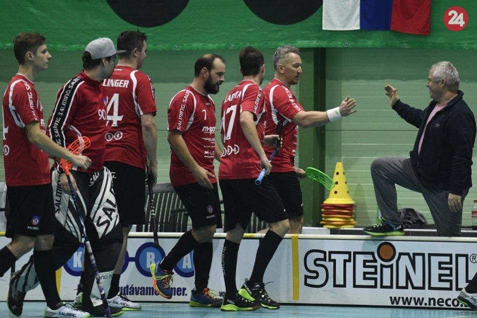Za florbalový AS Trenčín nastúpil aj Marcel Hossa
