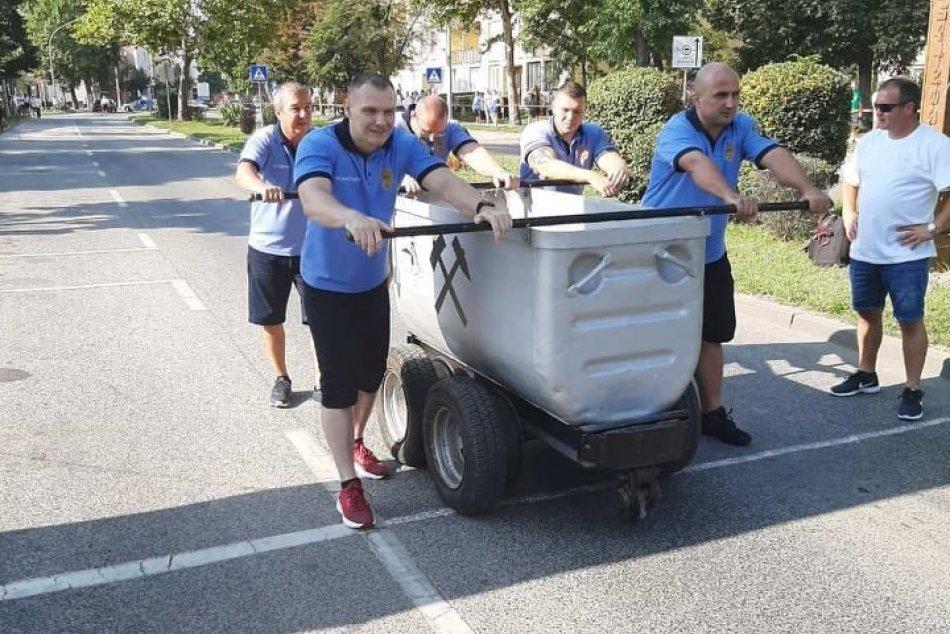 Šalianski policajti pricestovali s cenou: Na Banskom dni ohúrili výkonmi, FOTO