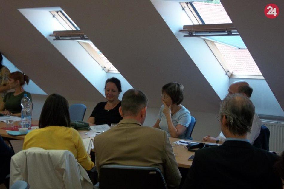 Medzinárodná konferencia v Šali: Archivári zaujali prednáškami aj výstavou, FOTO