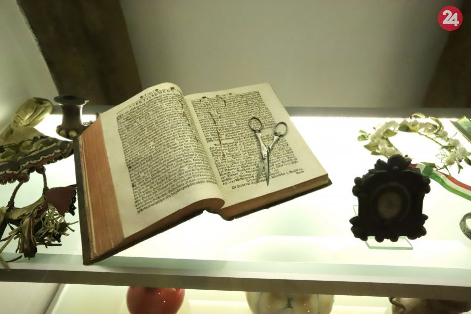 V OBRAZOCH: Pamätná izba rodiny Ostrolúckych
