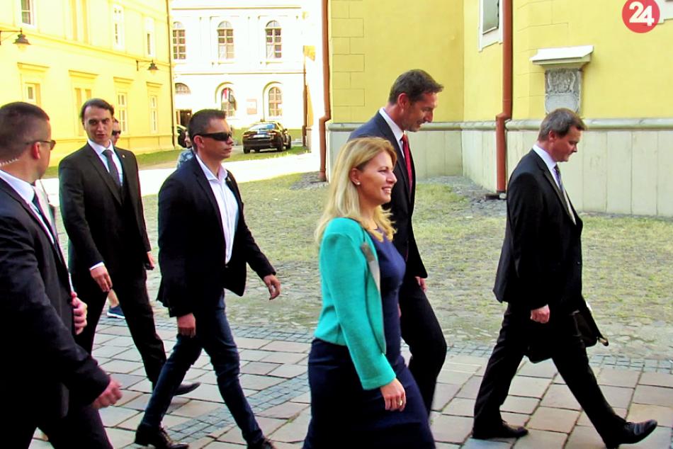 FOTOGRAFIE z miesta: Zuzana Čaputová na prechádzke Prešovom