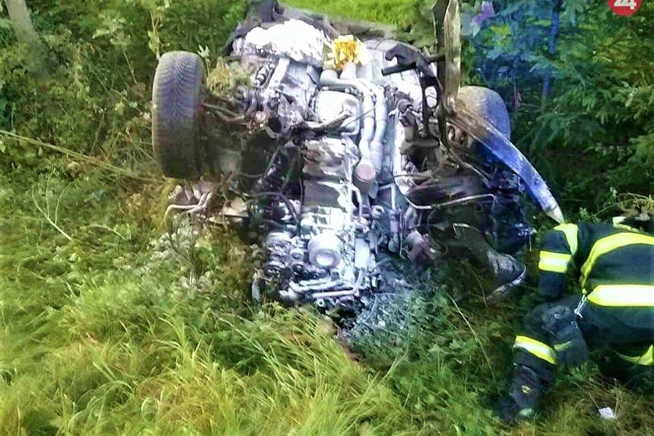 Vážna nehoda v Považskom Podhradí: FOTO priamo z miesta
